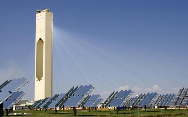 PS10 Power Tower and Seville PV Photovoltaics - Solucar Complex